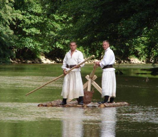 targul-de-la-vama-sarii-sursa-foto-vinsieu-punct-ro