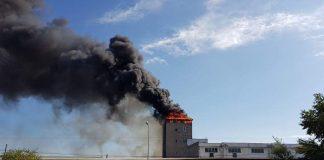 Incendiu violent în Oradea
