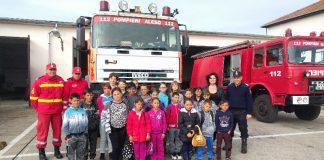 Pompierii aleșdeni i-au sărbătorit joi pe dascăli și elevi