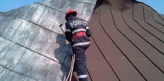 Recomandările pompierilor pentru prevenirea situațiilor de urgență generate de vântul puternic
