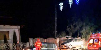 Autoaccidentare din cauza unei alveole de calmare a traficului rutier din Aleșd