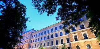 Muzeul Ţării Crişurilor din municipiul Oradea-800x534