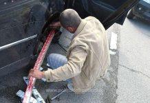 Peste 2.600 de pachete cu țigări de contrabandă ascunse într-un autoturism, depistate în Vama Borș