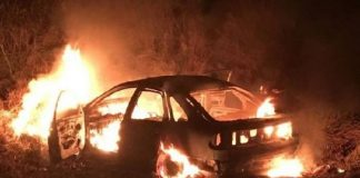 masina incendiată-800x534