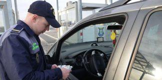 Cetăţean român depistat la volanul unui autoturism, cu permis de conducere fals în P.T.F Borș-800x480