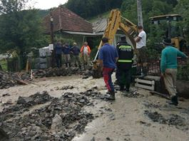Zeci de localități și mai multe tronsoane de drum din țară, afectate de furtuni-800x567