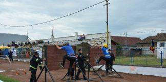 echipa Stației de Pompieri Aleșd-800x533