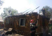 Incendiu cauzat de scurtcircuit la o casă din Luncșoara-800x600