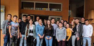 """Ziua Recunoștinței"""", acţiune caritabilă desfăşurata la Colegiul Tehnic Alexandru Roman din Aleșd"""