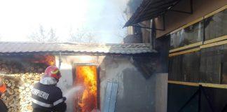 incendiu Aleșd 24 11 2018