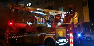tânără salvată de pompieri