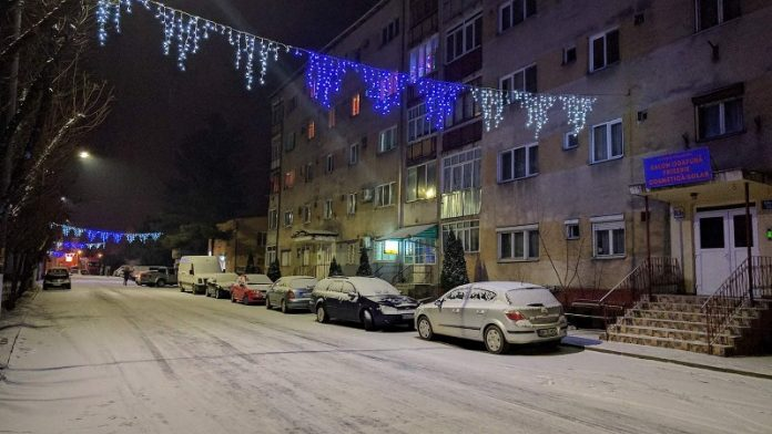 zăpadă în Aleșd-800x450