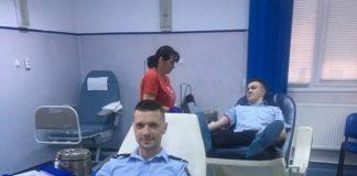 Pompierii bihireni donează sânge