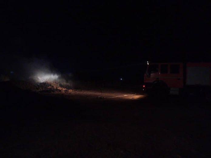 Foc la gunoi de grajd, în Aleșd