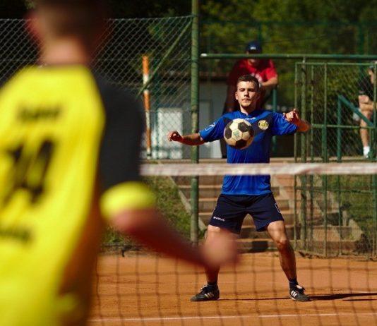 Cupa Corporatiilor la tenis cu piciorul