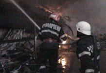 Incendiu la magazia unei societăți comerciale din Oradea
