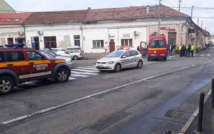 Un șofer a provocat un accident și a fugit de la locul faptei