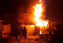 Incendiu casă Subpiatră