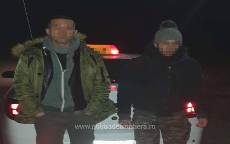 Patru cetățeni marocani, opriţi la frontiera cu Ungaria 1