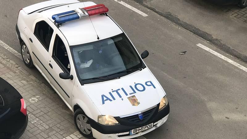 Mașina poliția Aleșd