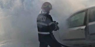 Incendiu mașina