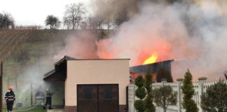 Incendiu violent în Aleșd