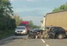Accident între un autotren și un autoturism la ieșirea din Tileagd spre Oradea