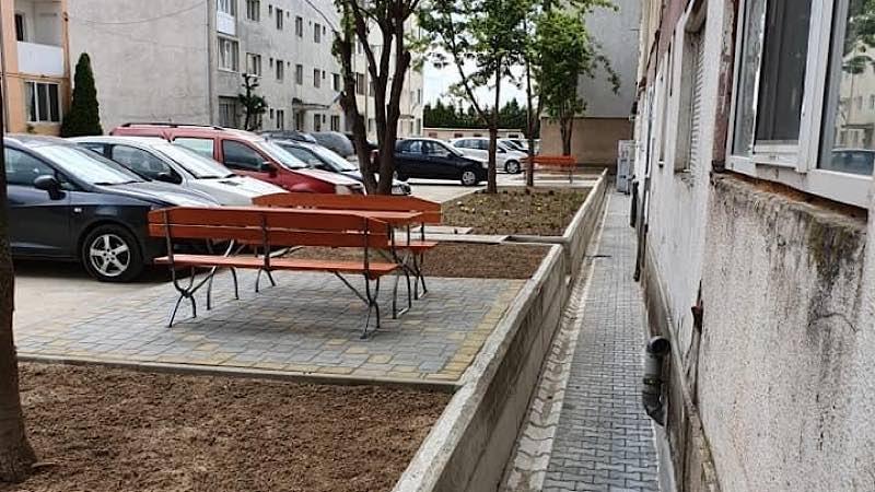 Parc Aleșd blocuri x 13