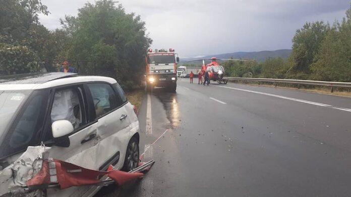 Accident pe D.N.1, în Beznea