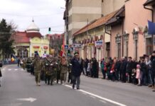 paradă militară în Aleșd