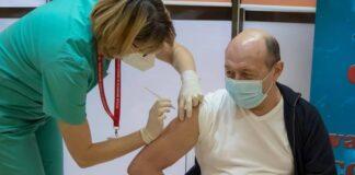 Traian Băsescu s-a vaccinat anti-Covid