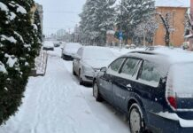 Zăpada în orașul Aleșd