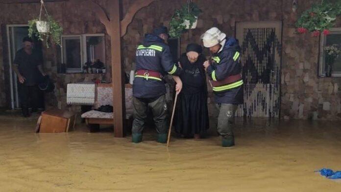 Inundații Pompieri
