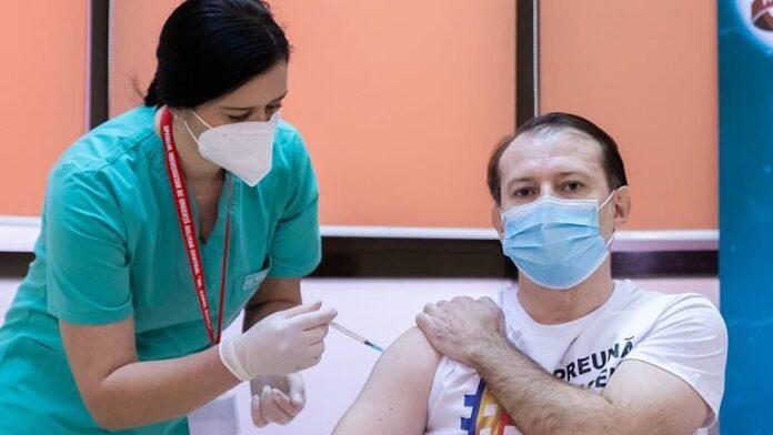 Premierul României Florin Cîțu s-a vaccinat anti-Covid