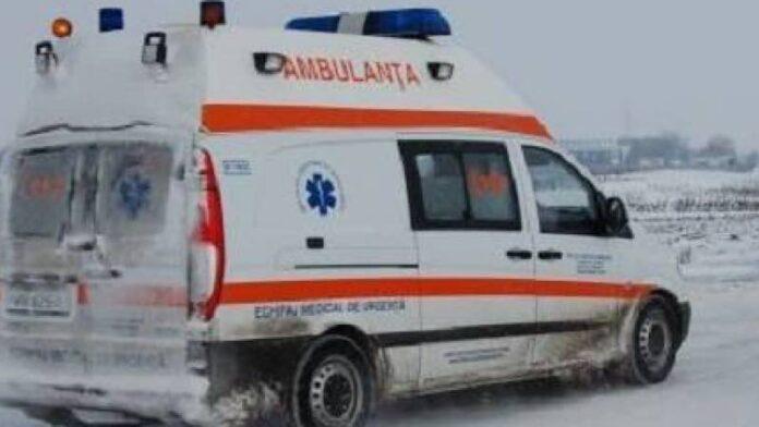 Ambulanța în zăpadă