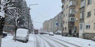 Zăpadă mare în Aleșd