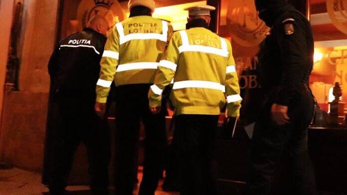 Poliția razie