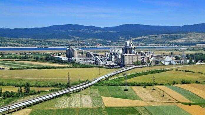 fabrica de ciment din Aleșd