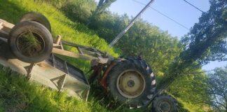 Tractor răsturnat în Incești