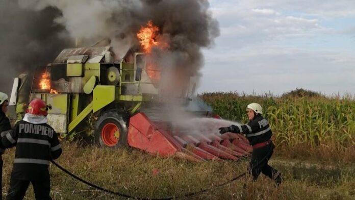 Combină incendiată