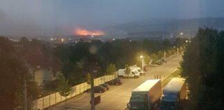 Incendiu de vegetaţie lângă orașul Aleșd